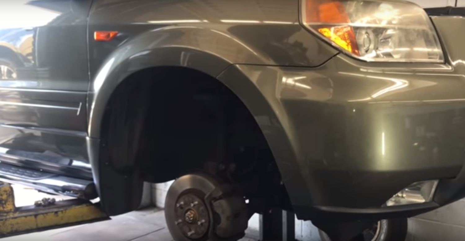 How to Replace the Front Sway Bar Link Ends on a 2003-2008