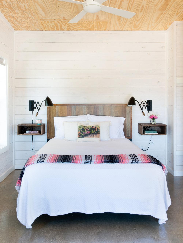 Cantina Bed.jpg