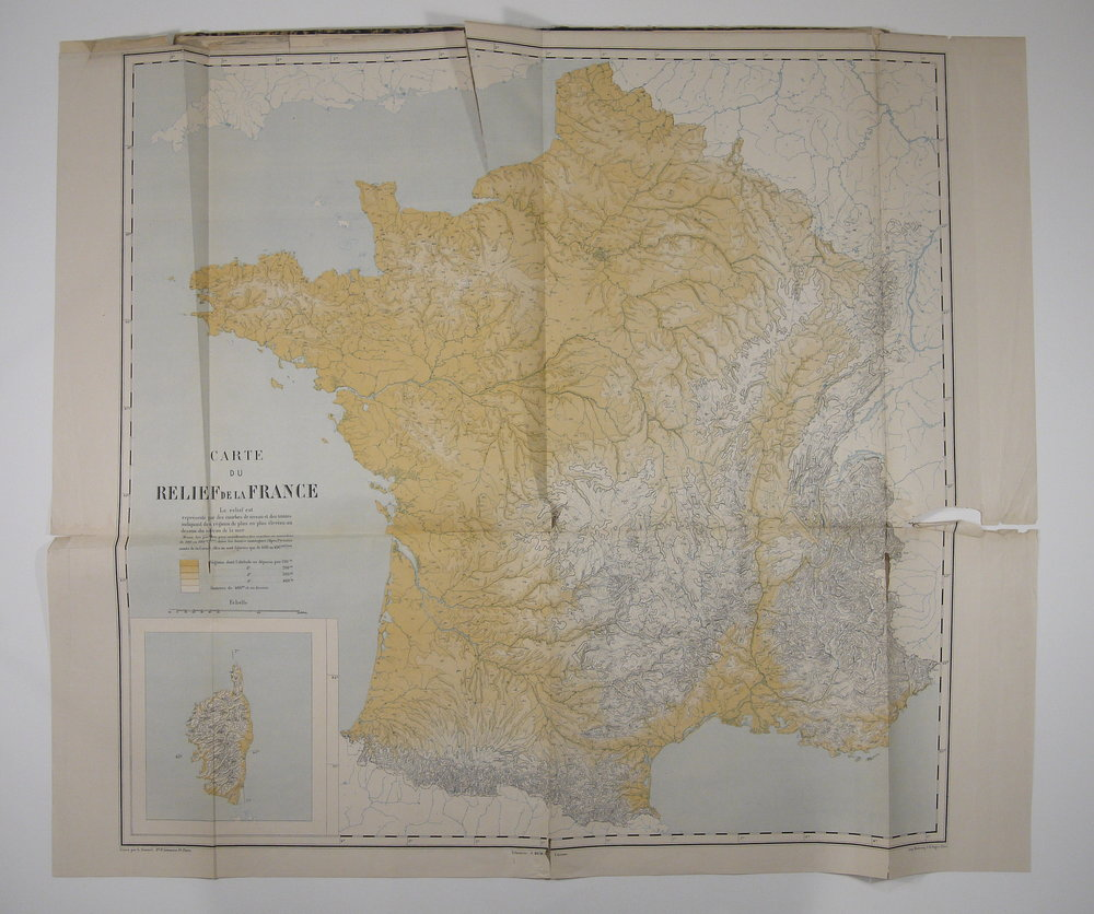 Large fold-out map with tears and breaks.
