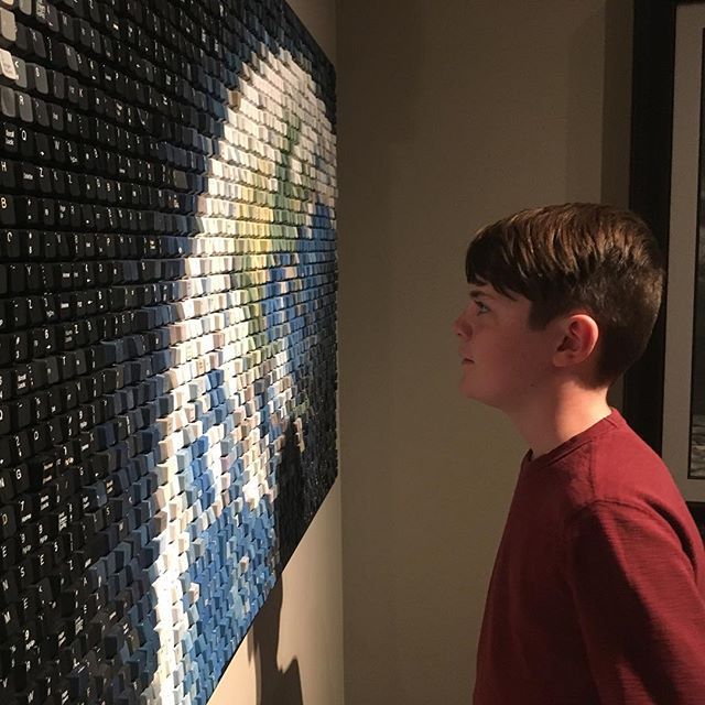 Art! I love the creativity and beauty different peoples brains create. Like this one made out of keys from keyboards. Or 👓 painted on wood... I love that others share their talent with the rest of us to enjoy.  #50by52 #art #sharebeauty #artistic #creative