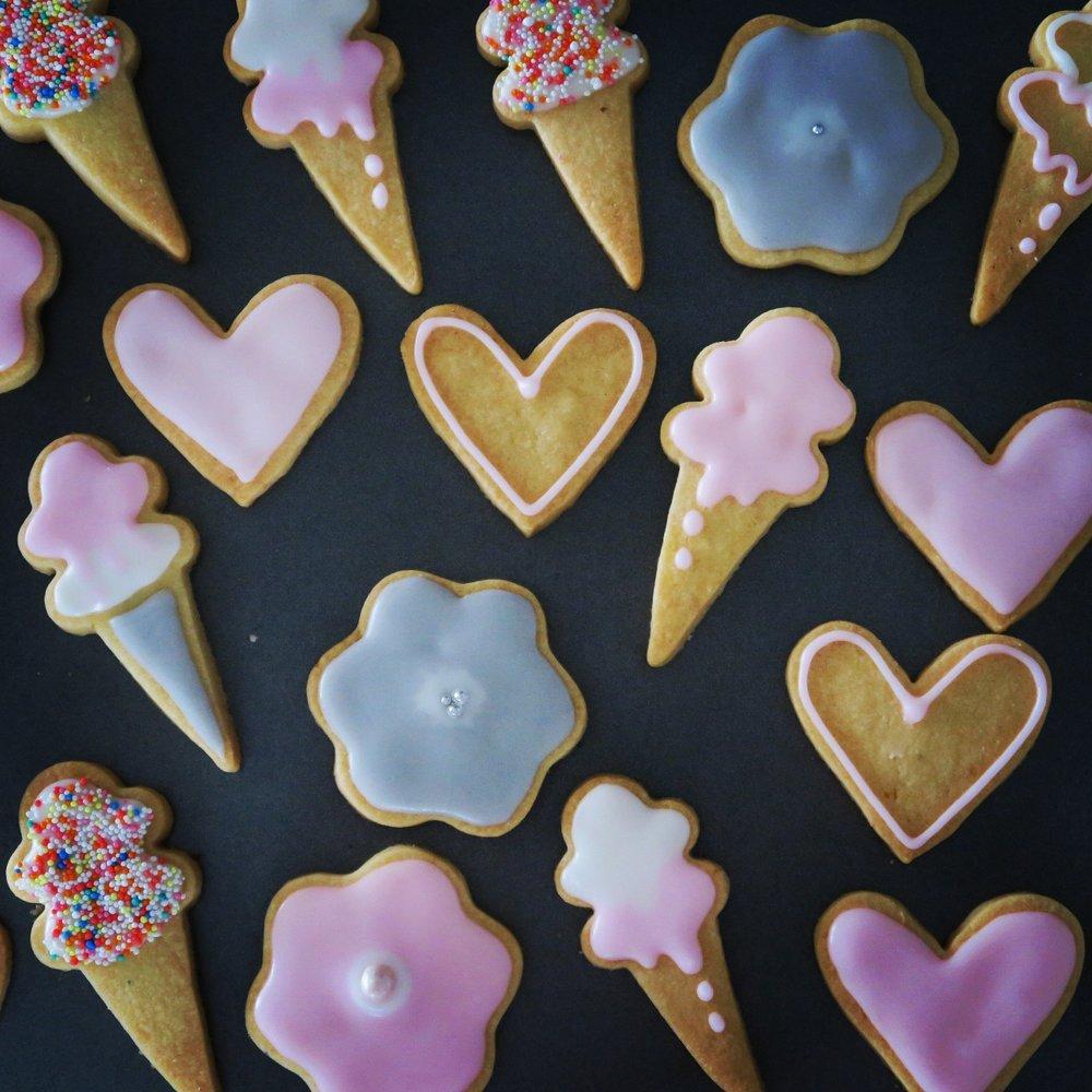 Heart, icecream and flowers.jpg