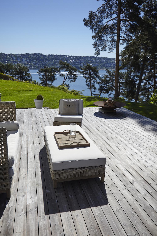 27/09/2017 - KEBONYKebony présente une terrasse privé sur l'île...