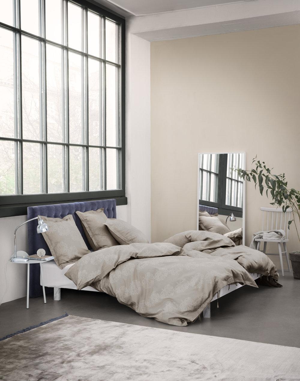 CLOVER_bed_linen_RYE_interior.jpg