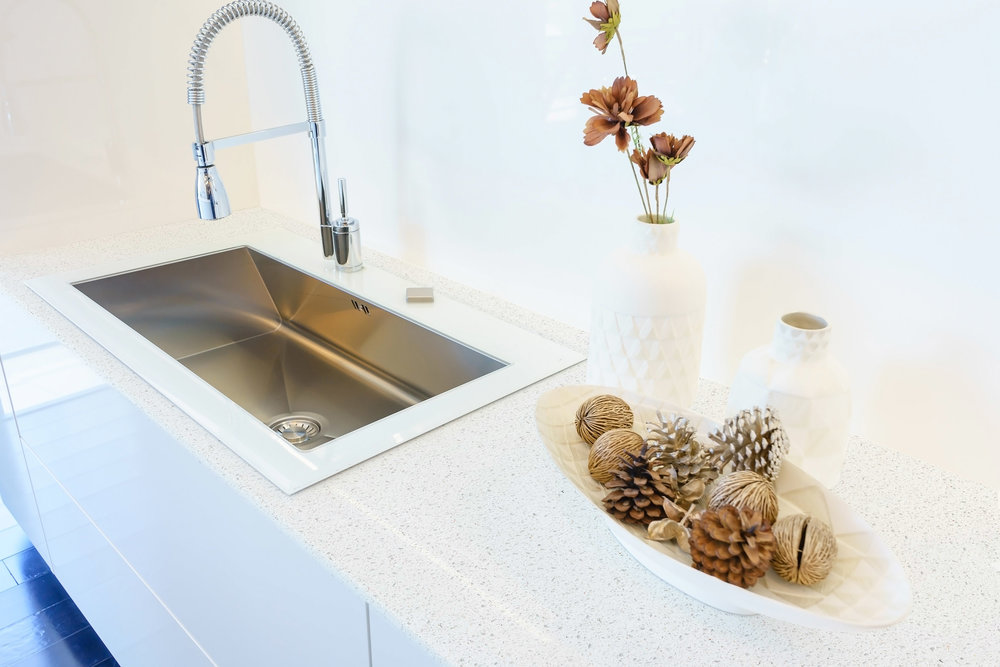 CQ712 Cotton White Countertop