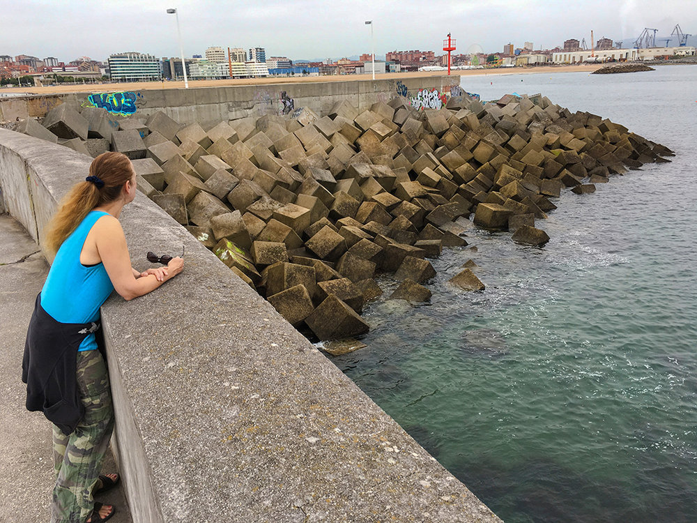 A square-stone sea wall?