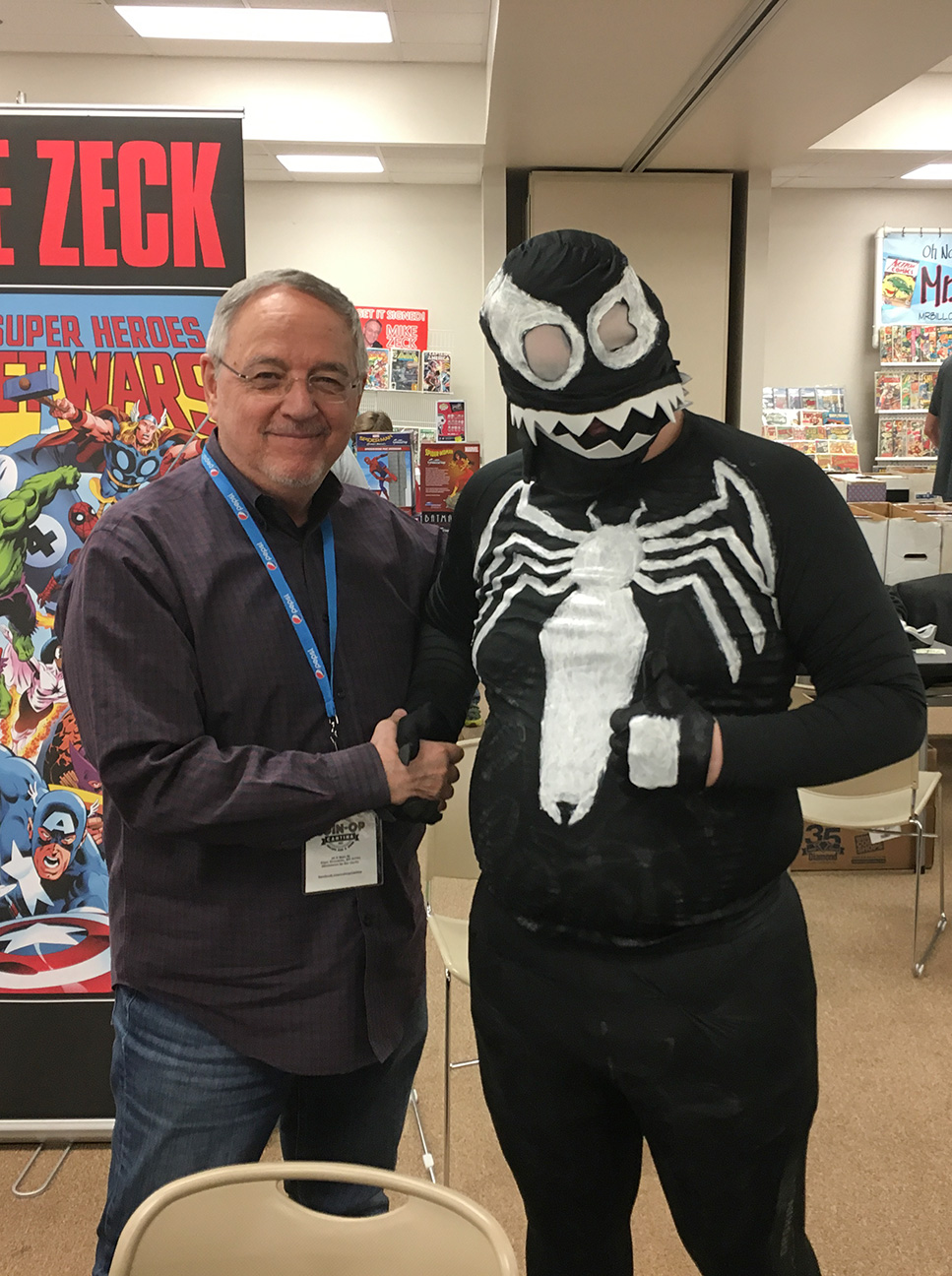 CAPE COMIC CON Pack it in symbiote wannabes!! I found the ultimate Venom in Cape Girardeau!?!?