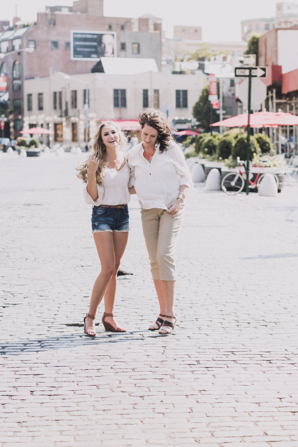 20140712-030-mom_daughter_nyc_portraits.jpg
