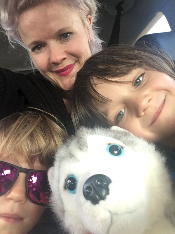 When I asked Rachel for a photo of her and her sons she admitted that it was hard to find since as a single mama - you are almost always behind the camera! Glad she found one!
