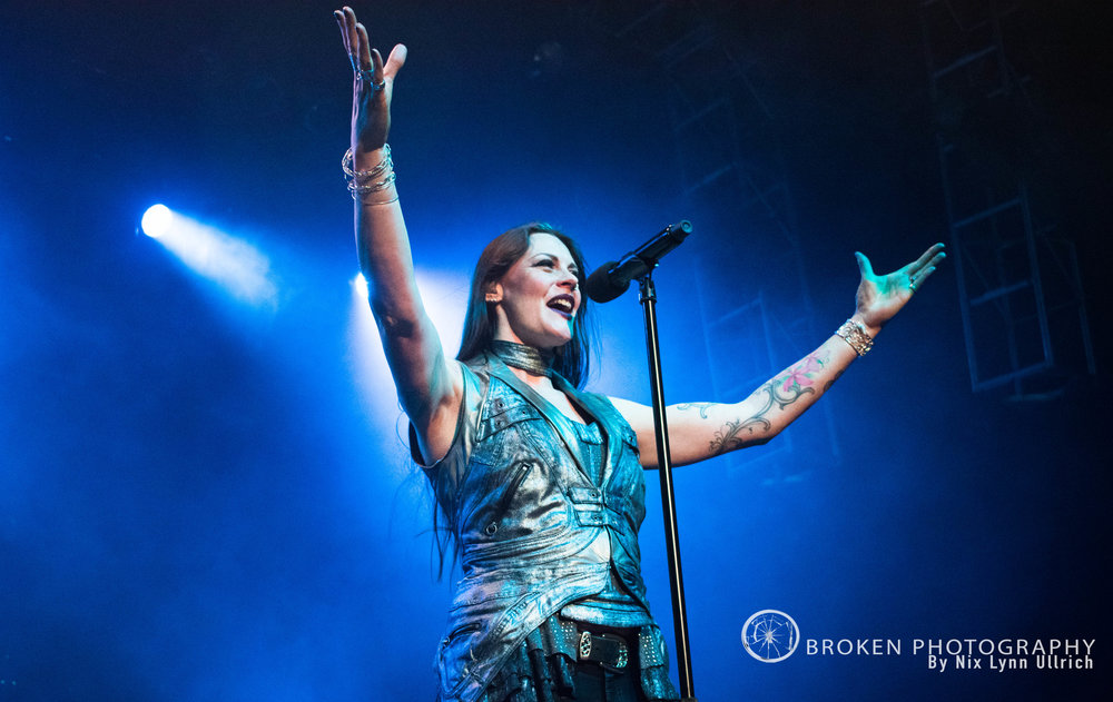 Floor Jansen pumping up the crowd!