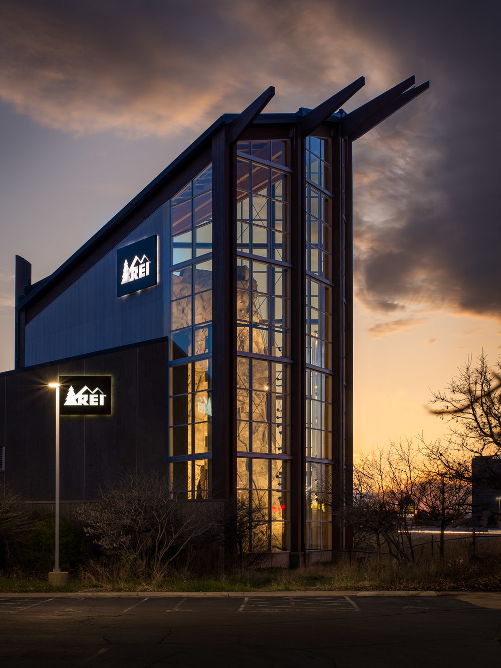 REI - BLOOMINGTON, MN