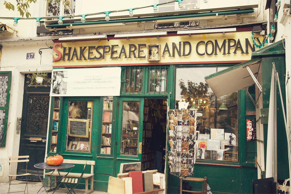 mikki-brammer-shakespeare-and-co-30.jpg