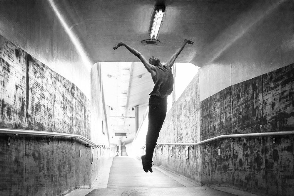DancersandUnionStationDec2016 (1 of 1)-295.jpg