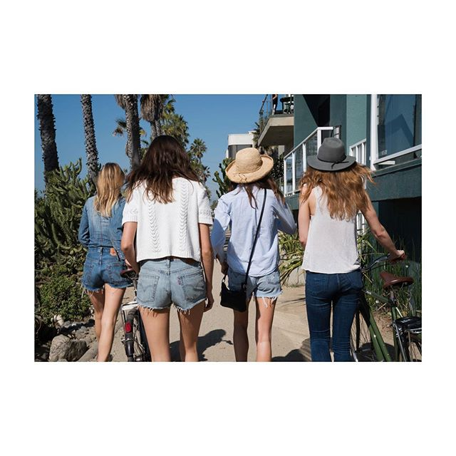 ~what's important is to keep moving forward!~ enjoy the weekend!#happyfriday  feels good to be back home in Venice🌞  #remediesapothecary #ragirls #naturalskincare #loveyourskin