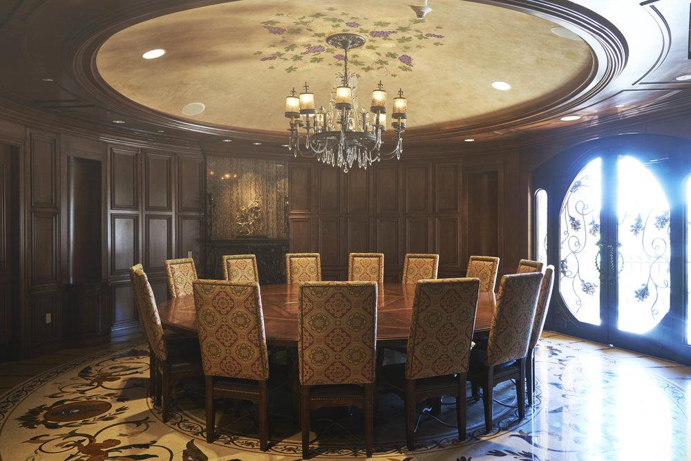 QueensRidge_interior3.jpg