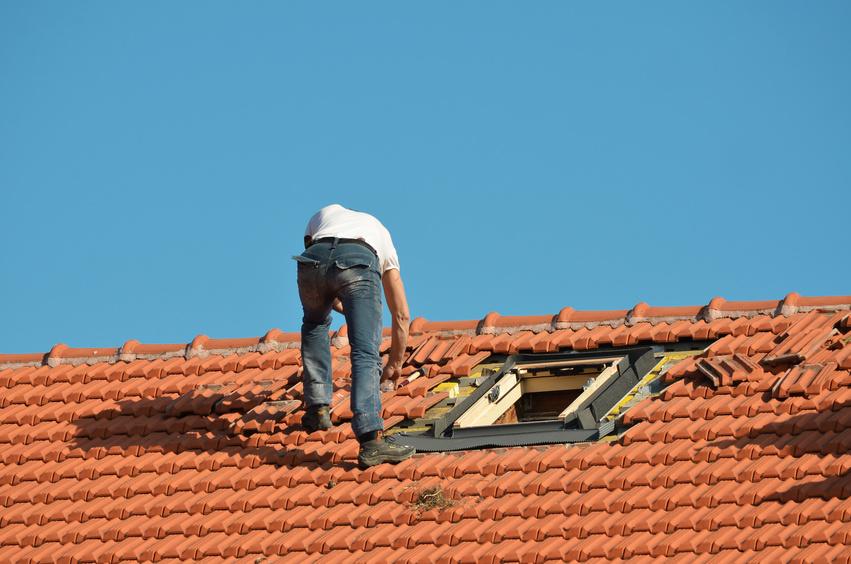 Tile Roof Fotolia_62797244_S.jpg