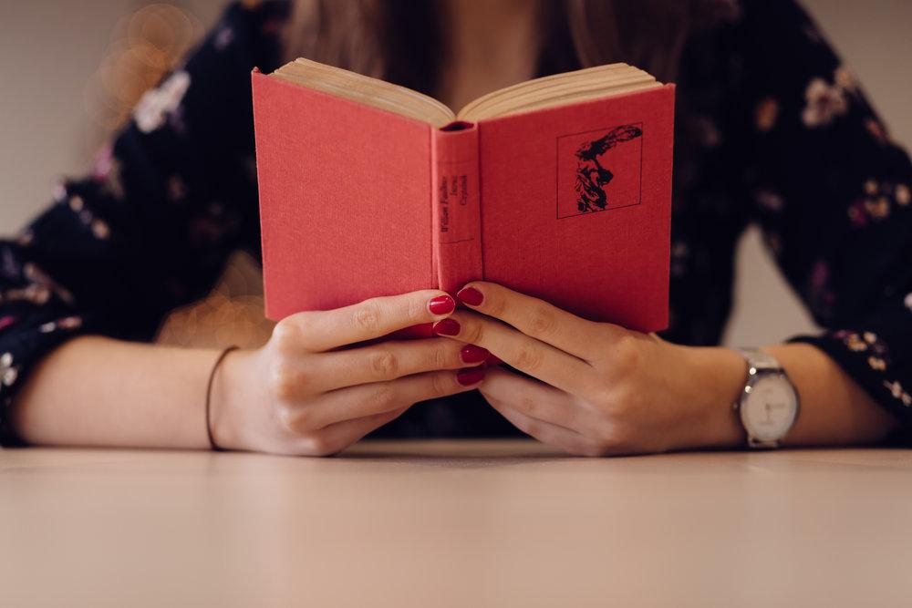 a book makes a unique gift