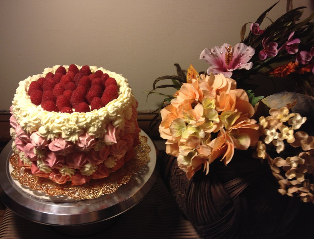 Raspberry champagne Rose cake.JPG