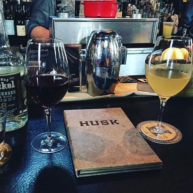 Celebrating Day 3 in Charleston with drinks @huskrestaurant #haileyithappens