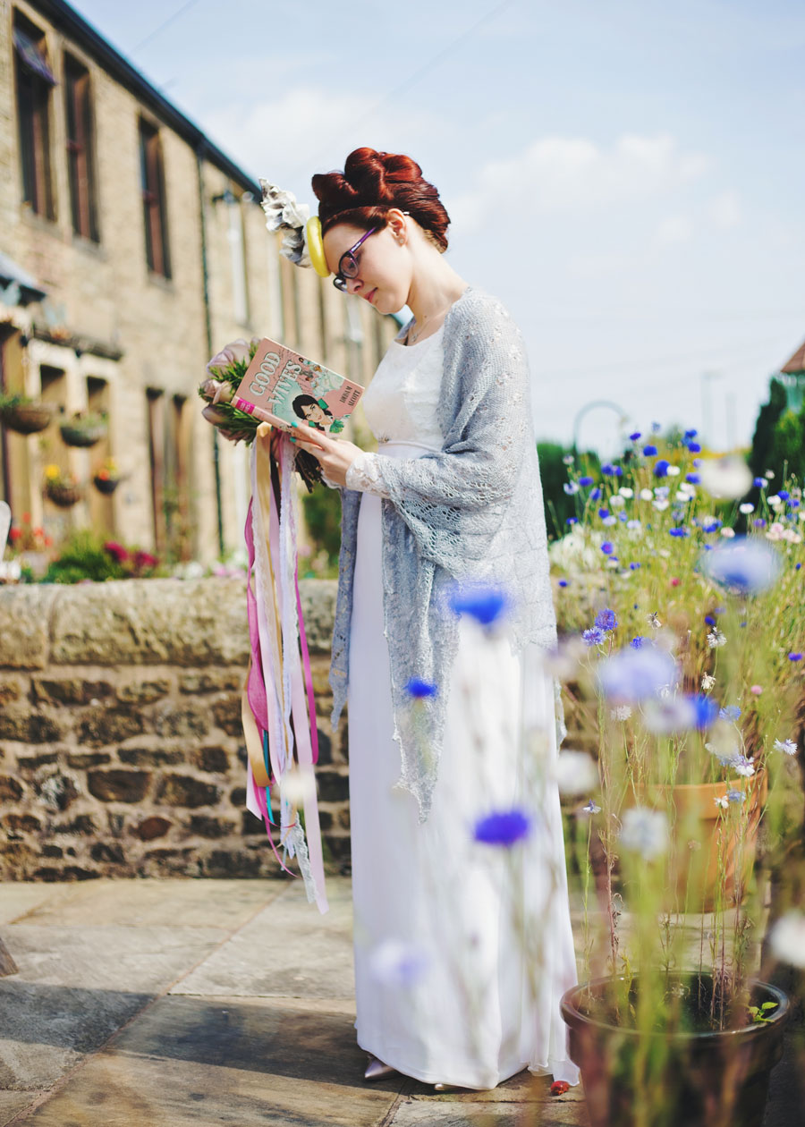 book themed wedding in lancashire - bride waiting to leave