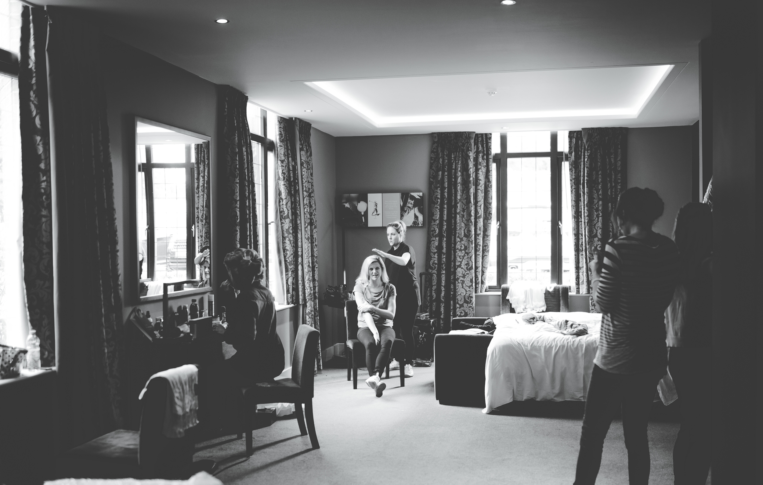 Cheshire wedding photography - getting ready