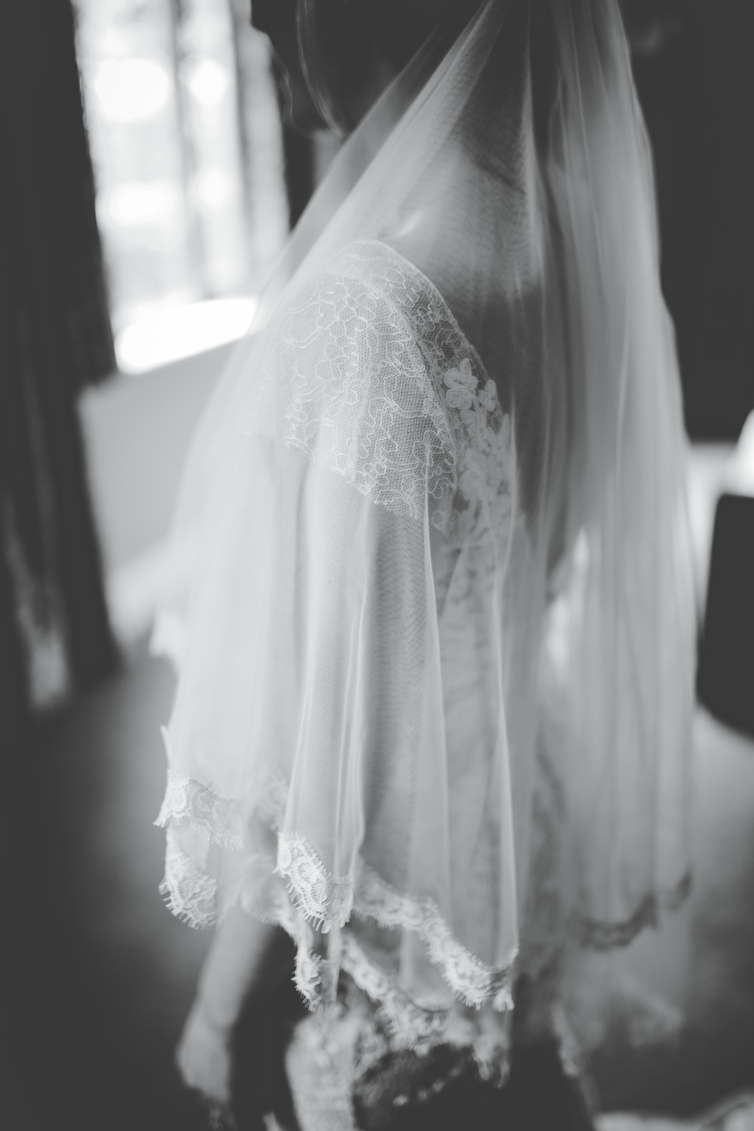 beautiful veil - black and white wedding photography Cheshire