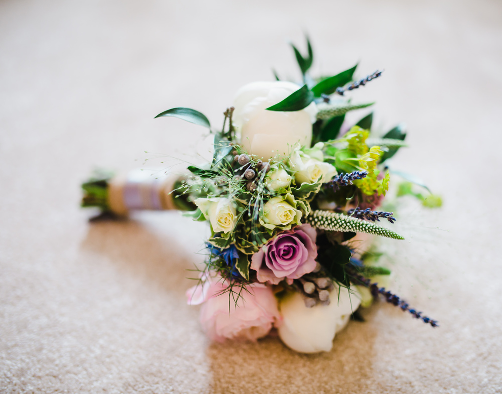 detailed shots of bride's flowers