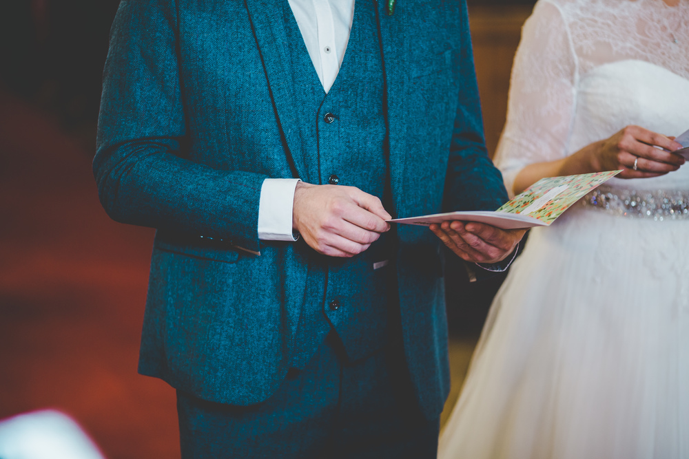 church wedding in cheshire -artistic images