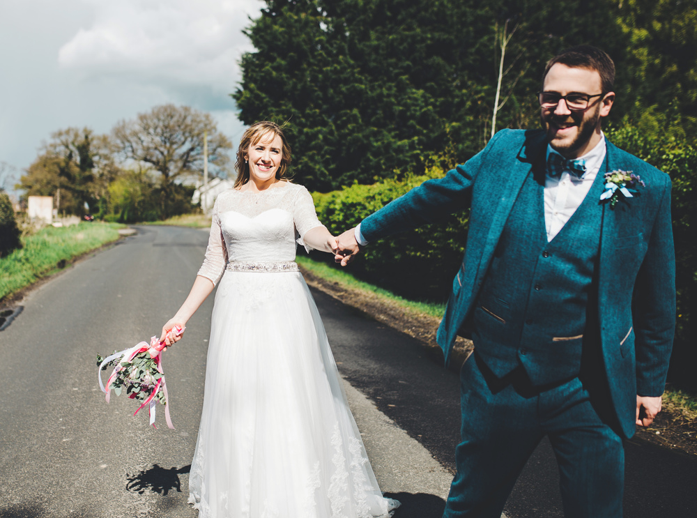 Cheshire wedding - fun and relaxed wedding images.