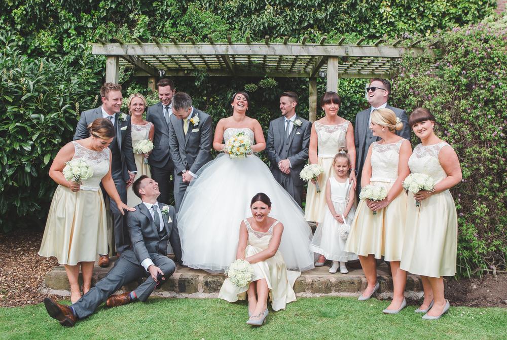 creative group shots at preston wedding