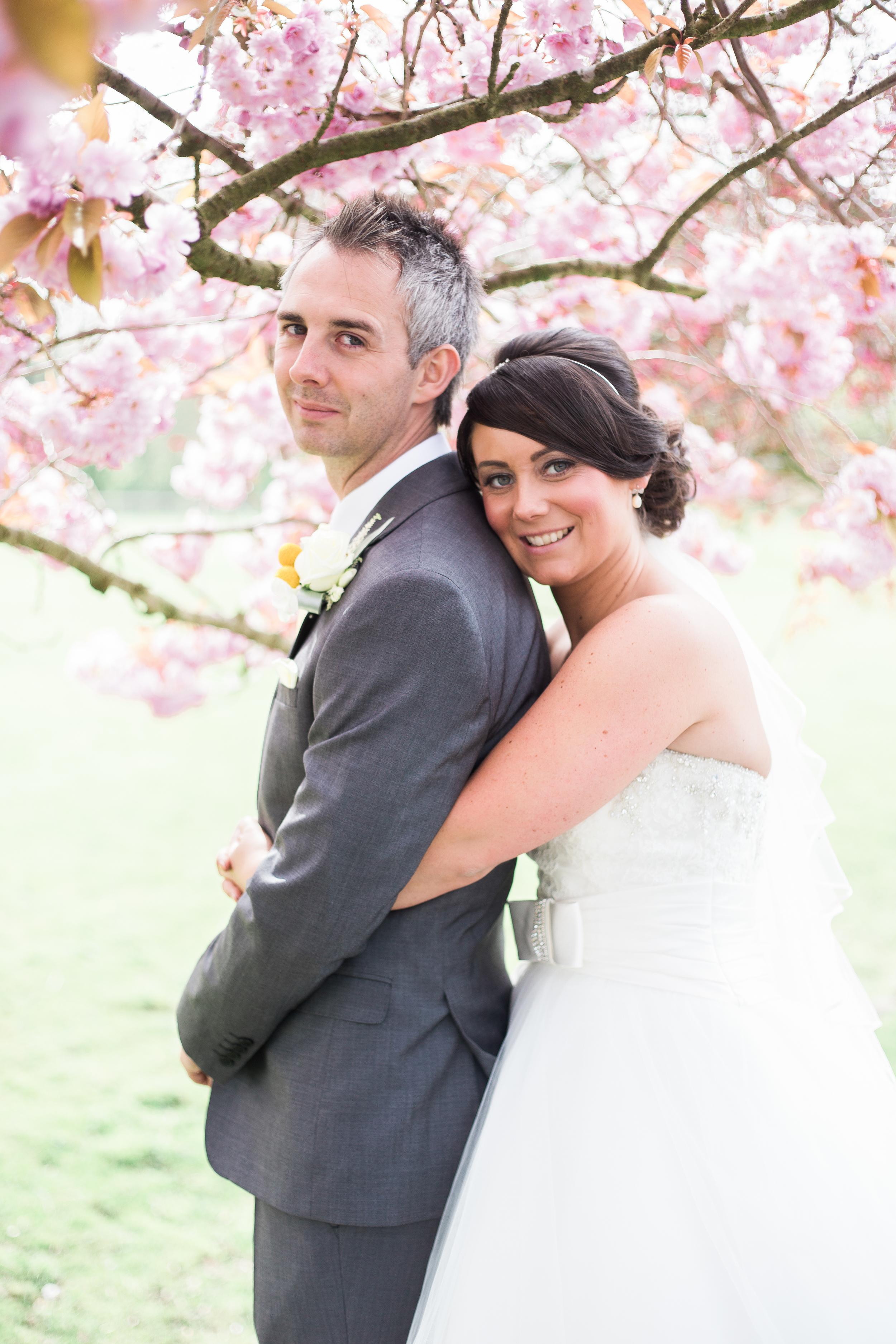 singleton lodge wedding - blossom portrait