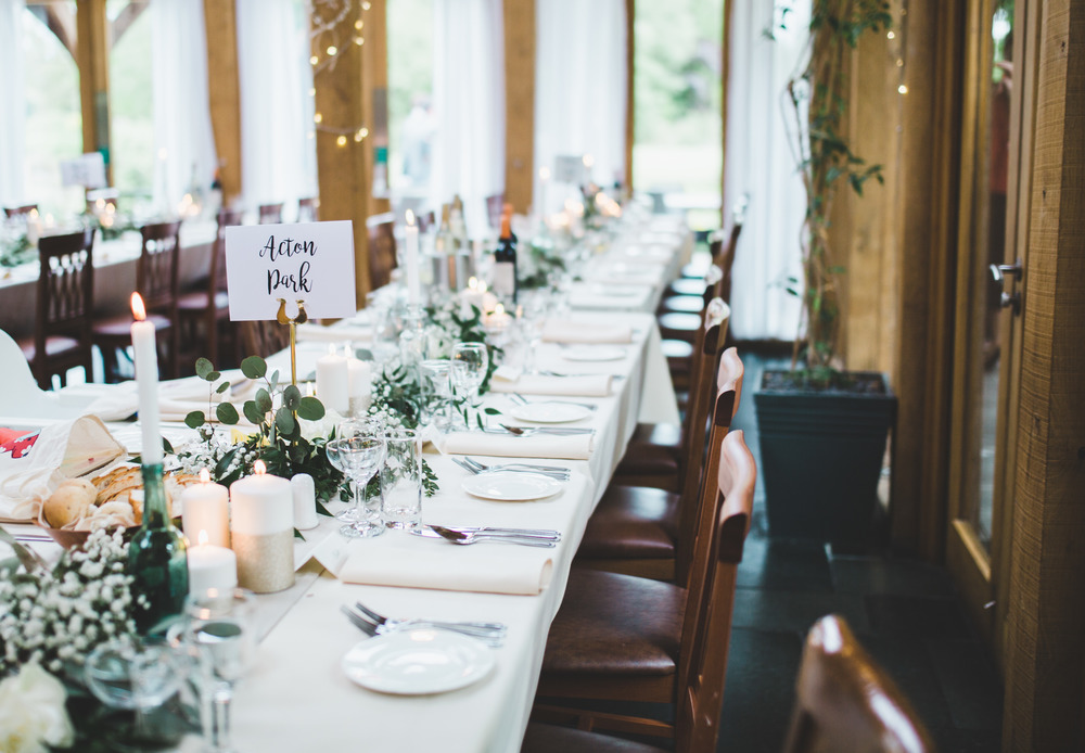 The table arrangement at The Oak Tree of Peover.