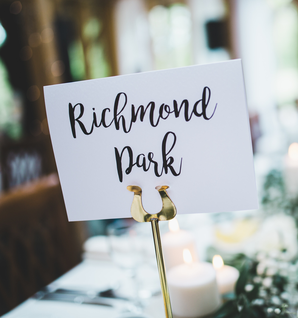 Richmond Duck sign at The Oak Tree of Peover.