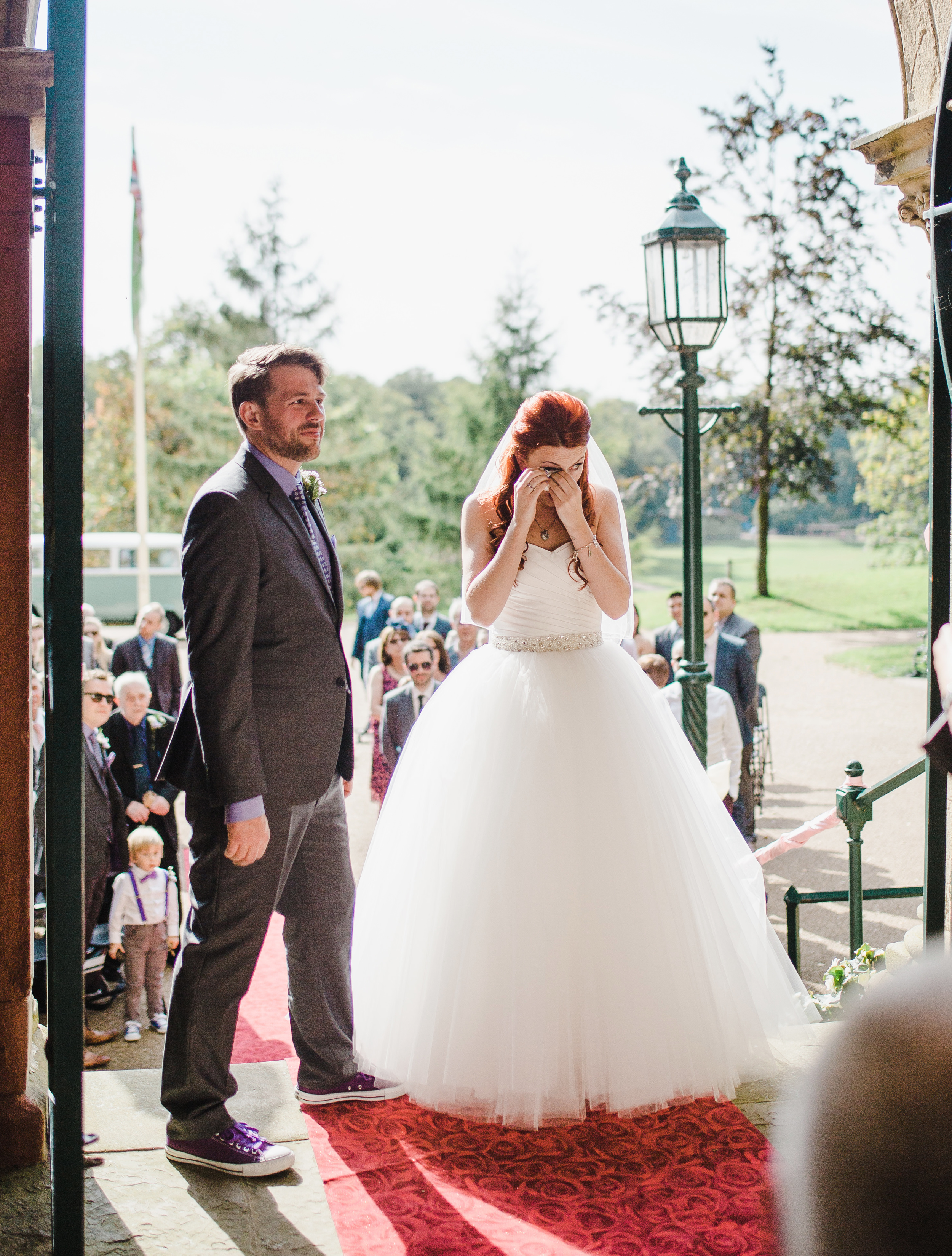 Lancashire wedding photographer - outdoor wedding ceremony Avenham Park