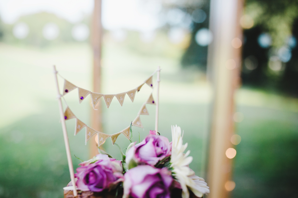 Cake decoration- Colourful and relaxed wedding