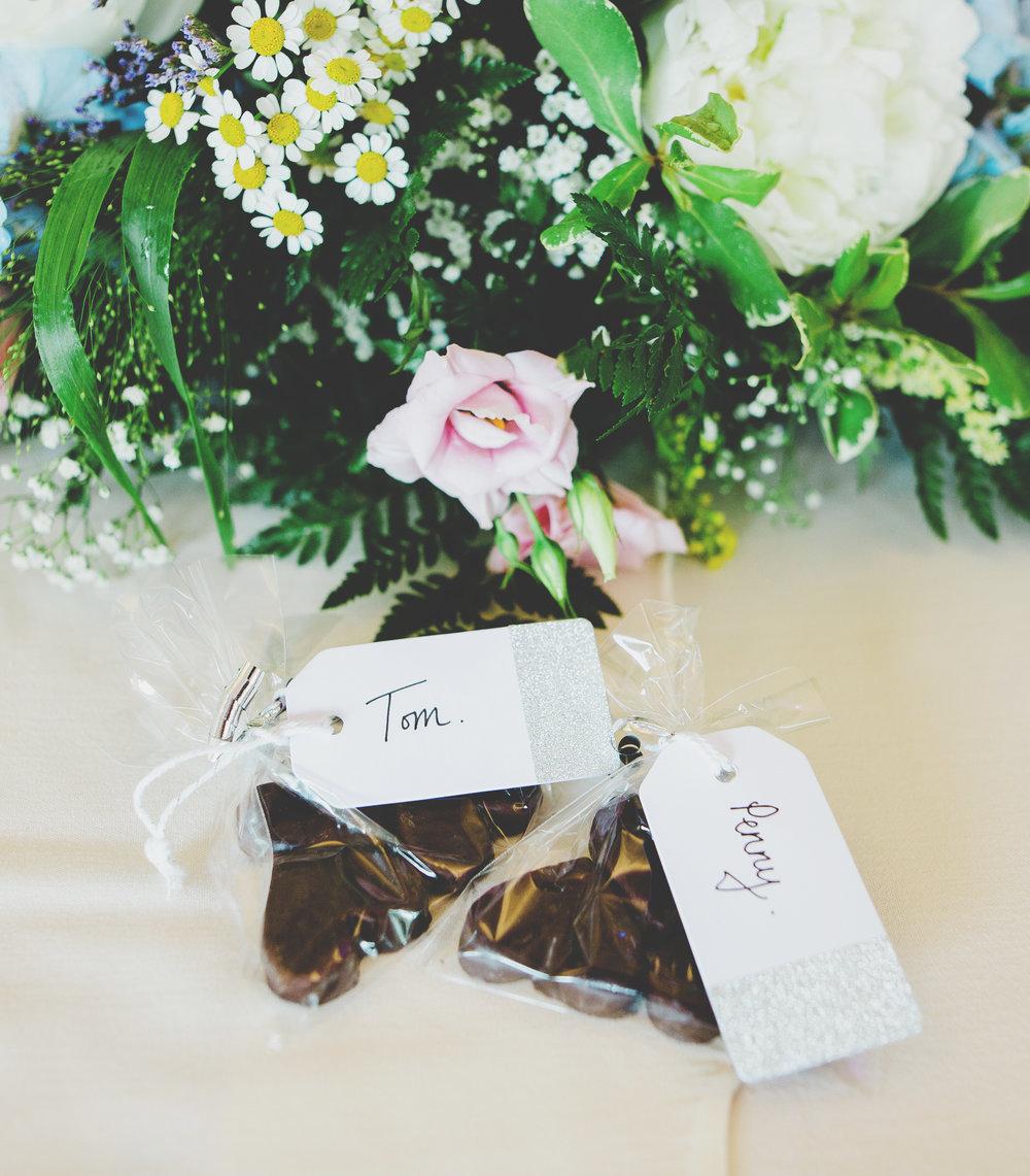Interior wedding table arrangements- Modern wedding photographer