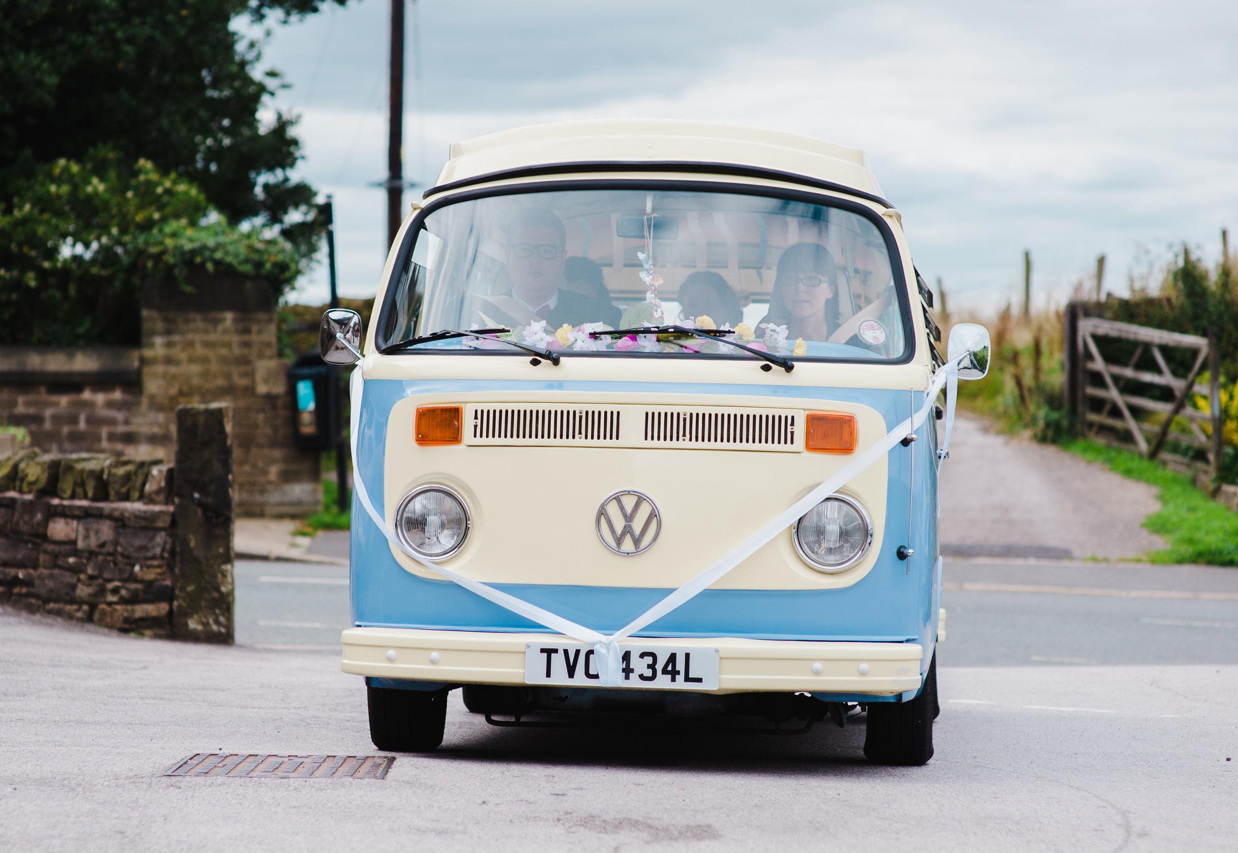 Manchester Wedding Photographer - The White Hart Inn at Lydgate ...