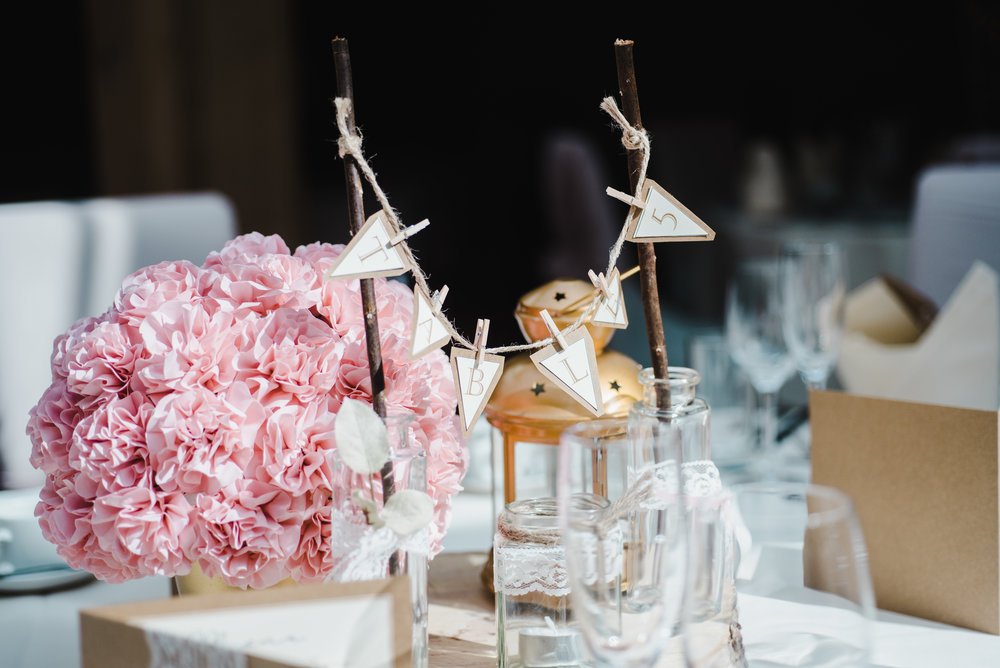 DIY table arrangements for the hand crafted wedding