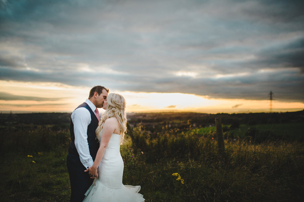 The White Hart at Lydgate wedding pictures - stunning sunset image