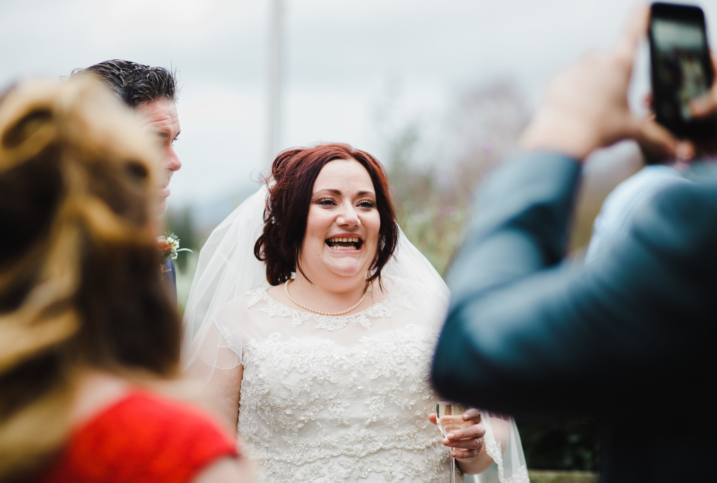 natural picture of the bride - winter wedding