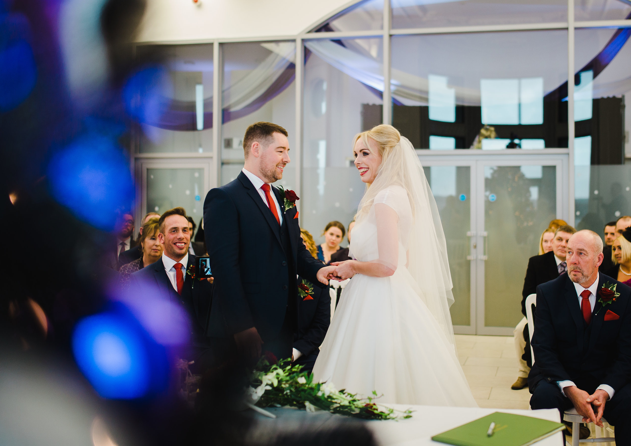 natural wedding photography at the liver building