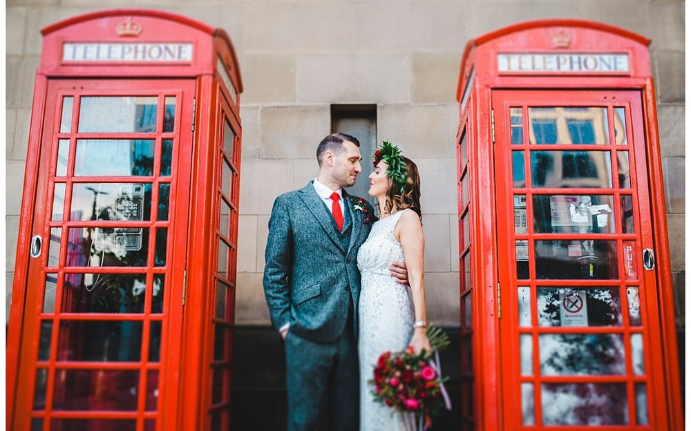 manchester wedding photographer - red phone box