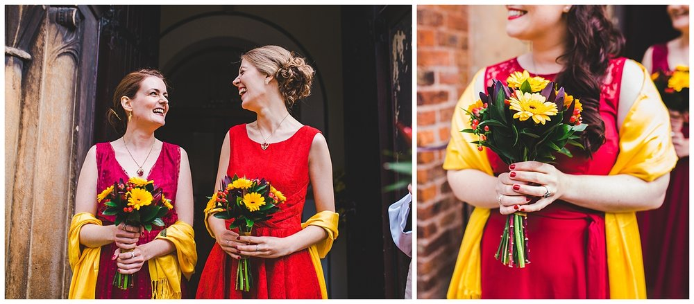 documentary wedding pictures of bridesmaids