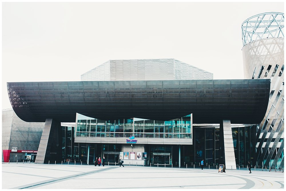 wedding photography at the lowry centre in Manchester