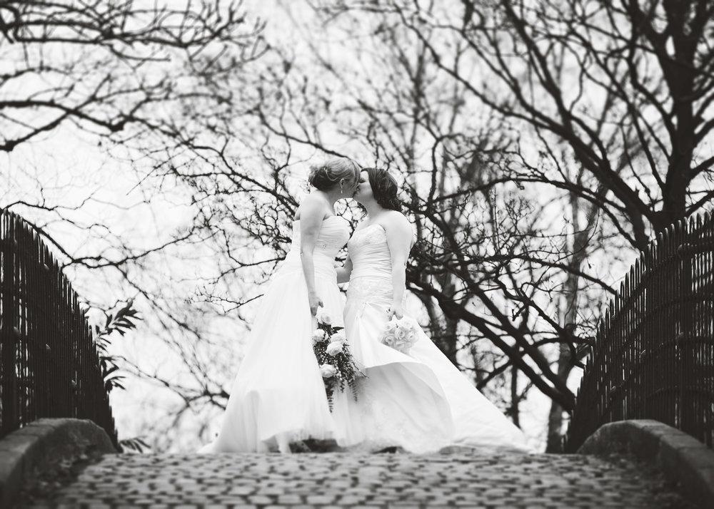 north west wedding photographer - creative wedding pictures north west