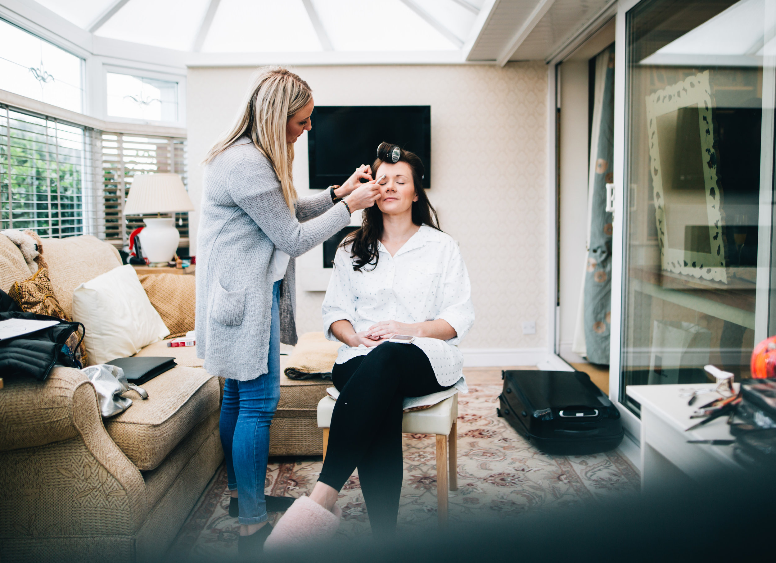 make up time - Lancashire wedding photographer