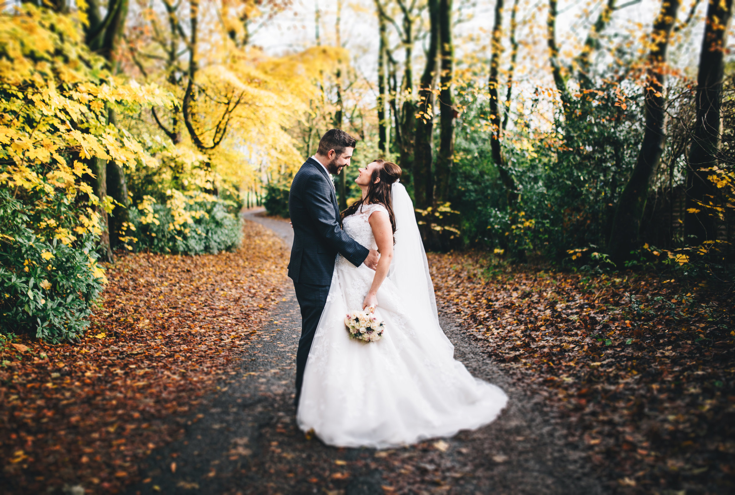 Ashfield House Wedding Pictures - an autumn wedding