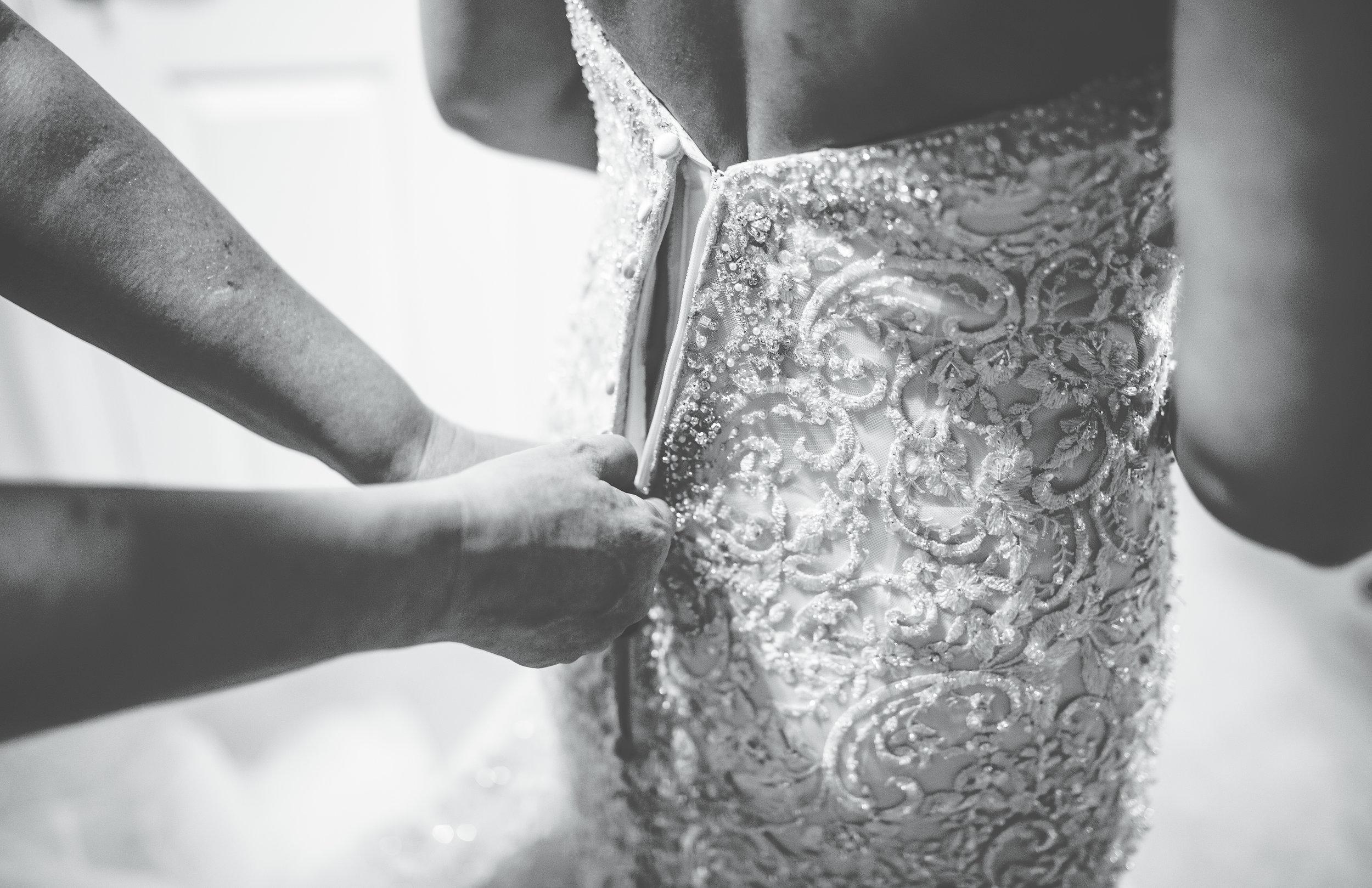 bride getting ready - alma inn wedding