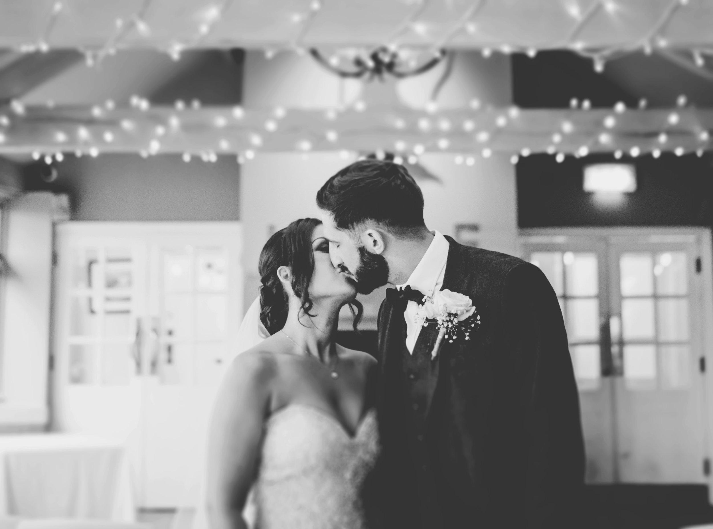 stylish wedding photography at the Alma Inn Lancashire