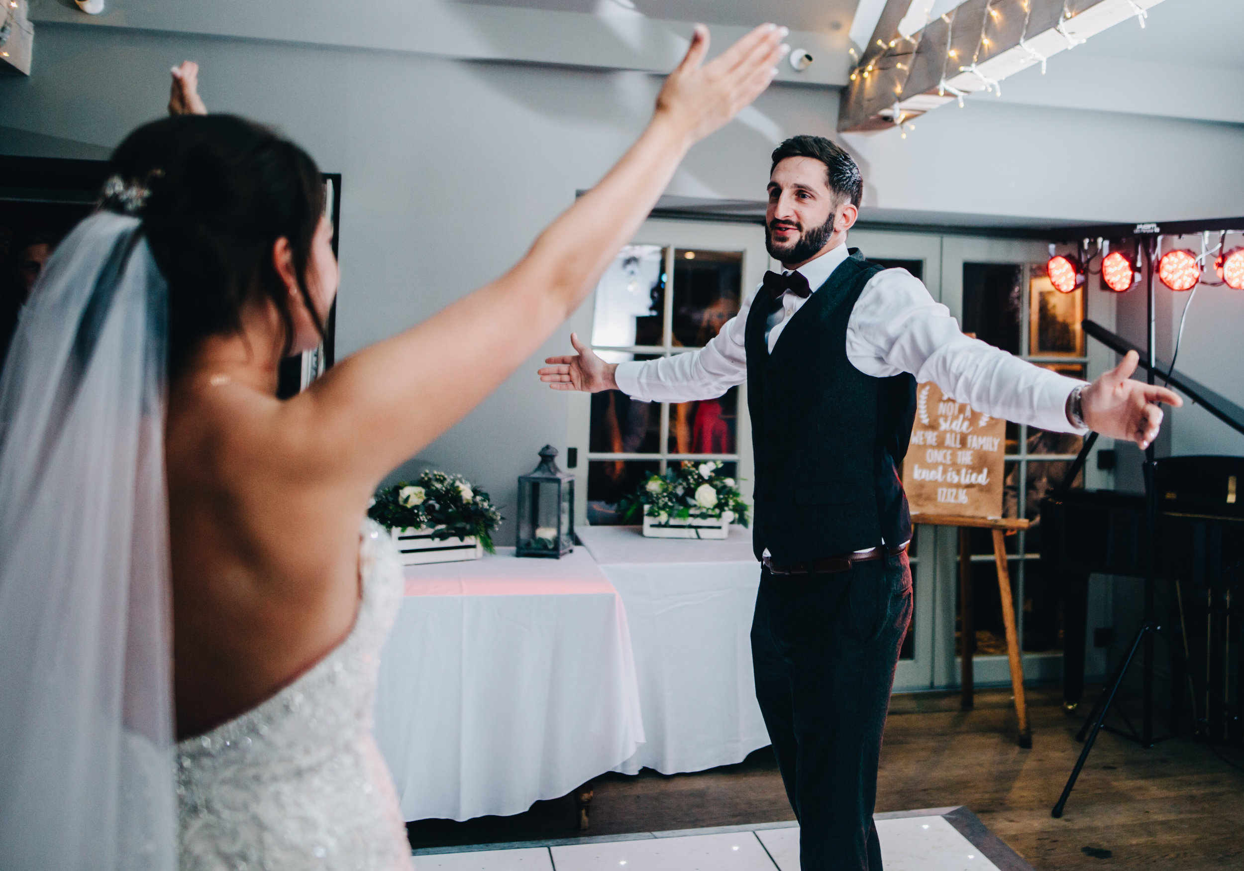 fun wedding pictures - alma inn wedding