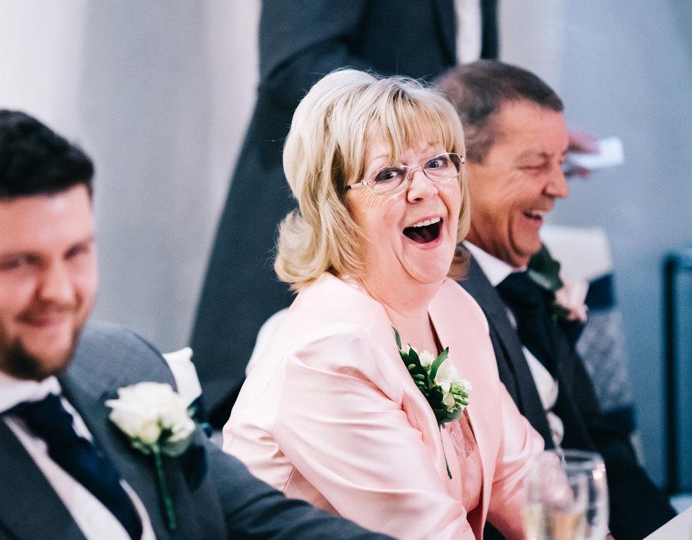 brides mum close up